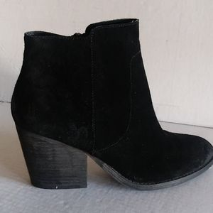 Treasure and bond suede ankle boots
